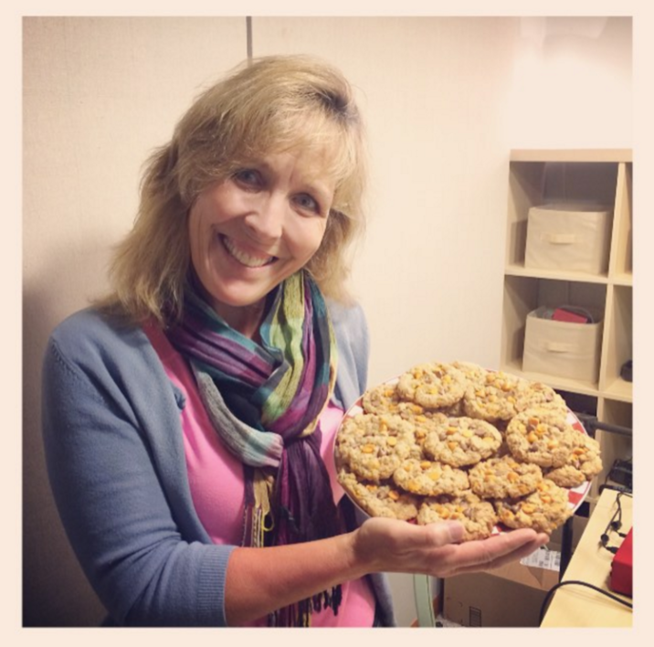 Becky Hess of Country Charm Cookies