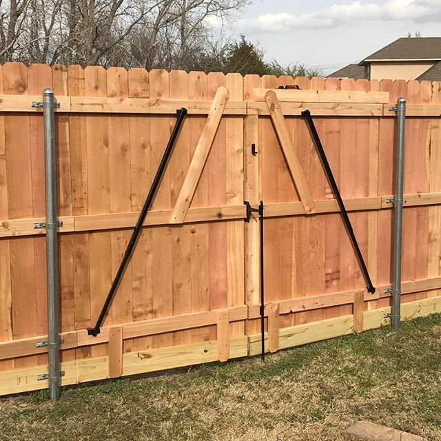 This double gate was made with #thegatebrace #gatebrace #gate #doublegate #fence