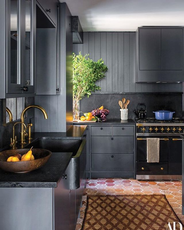 I keep hearing that black kitchens are in... but what I love more is that terracotta tile is seeing a resurgence. Loving how these work together in this beautiful NYC kitchen by @ashe_leandro. Regram from @amytastley 📸 by @shadedeggesphotography . . . . . . . . . . . . . #interiordesign #homedecor #thedelightofdecor #myhomevibe #brightboldhome #ispyraddesign #designinspo #styleithappy #makehomematter #interior_and_living #interior_design #homedecor #curatedhome #designtherapy #beautifulspaces #designdc #interior #homedecor #lightandbright #moderninterior #interiordesignlovers #howihome #designdc