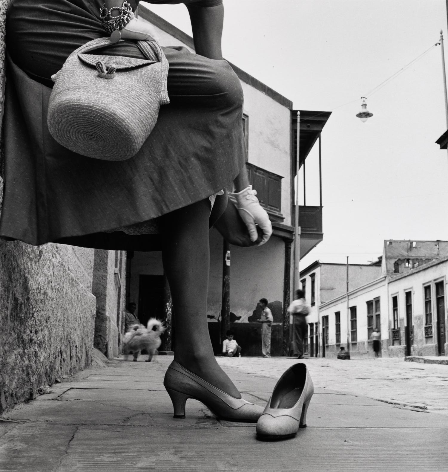 Sore Foot (Jean Patchett) , Lima, 1948 Gelatin silver print © Condé Nast