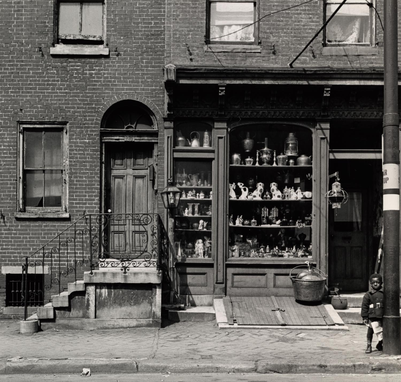 Antique Shop, Pine Street , Philadelphia, 1938 Gelatin silver print © The Irving Penn Foundation