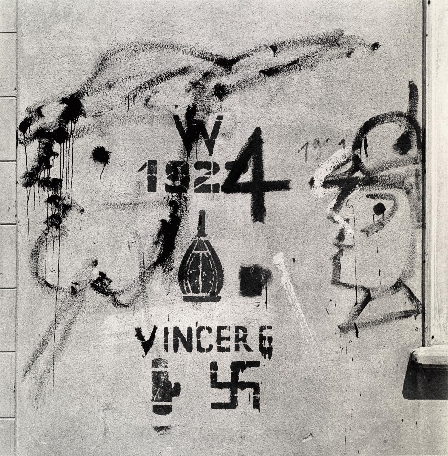 Italian War Wall , Italy 1945 Gelatin silver print © The Irving Penn Foundation