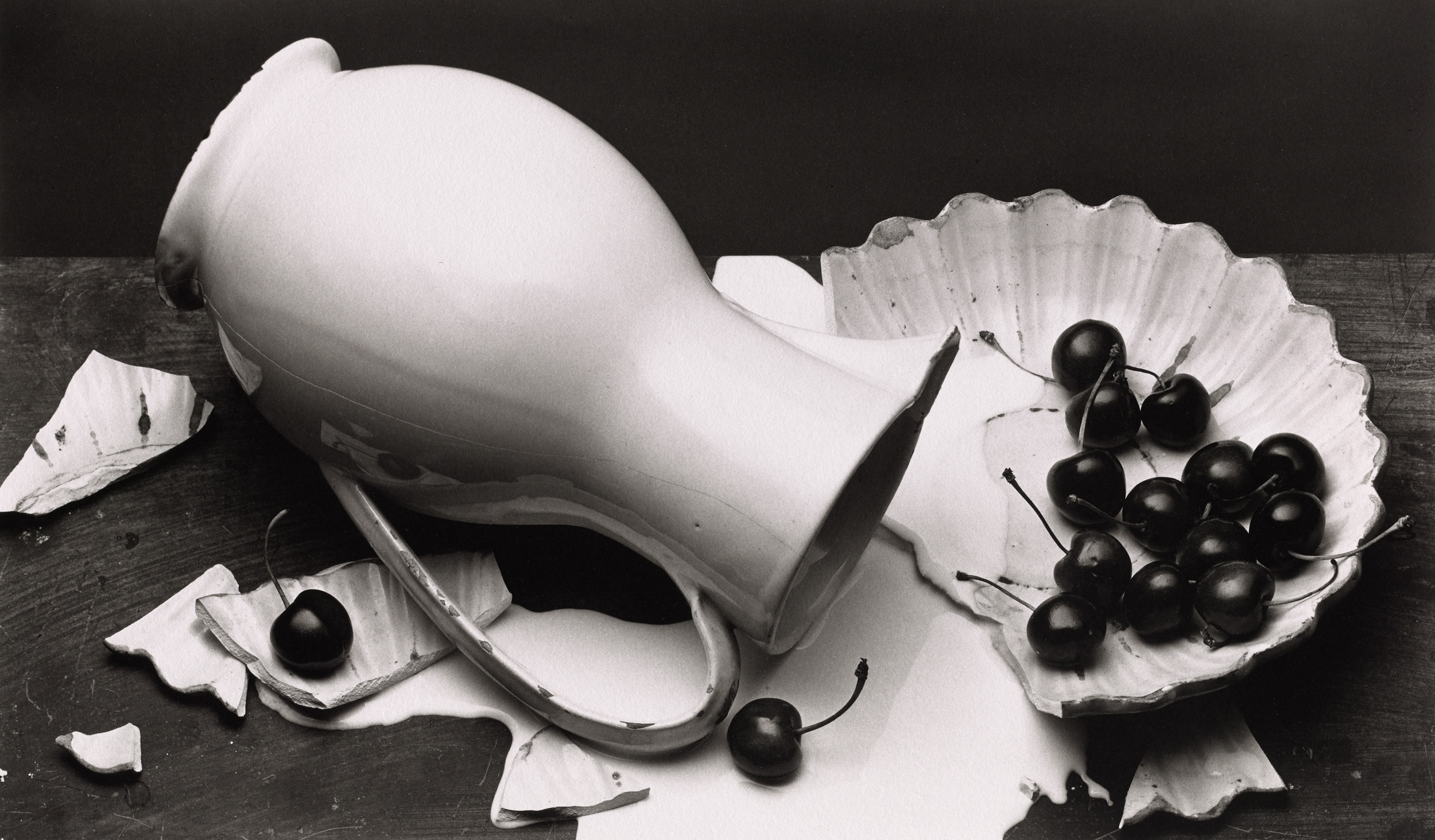 Irving Penn,  The Spilled Cream , New York, 1980 © The Irving Penn Foundation