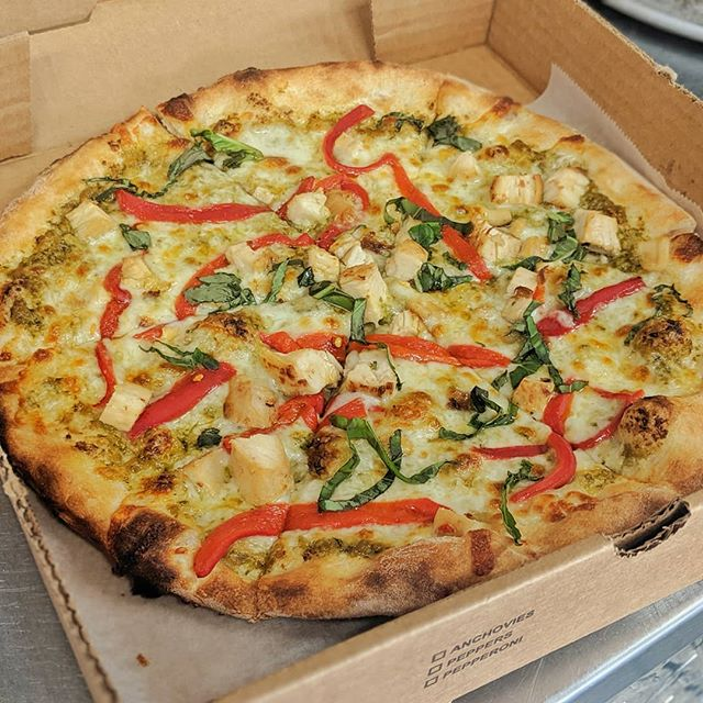 Pesto✔️🔥🍕 . . . . . . .