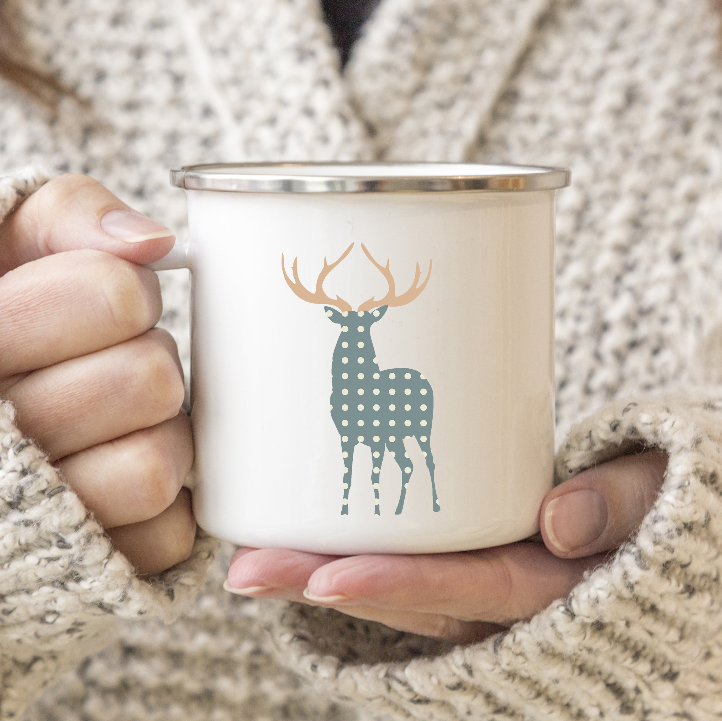 a mckup deers 6.jpg