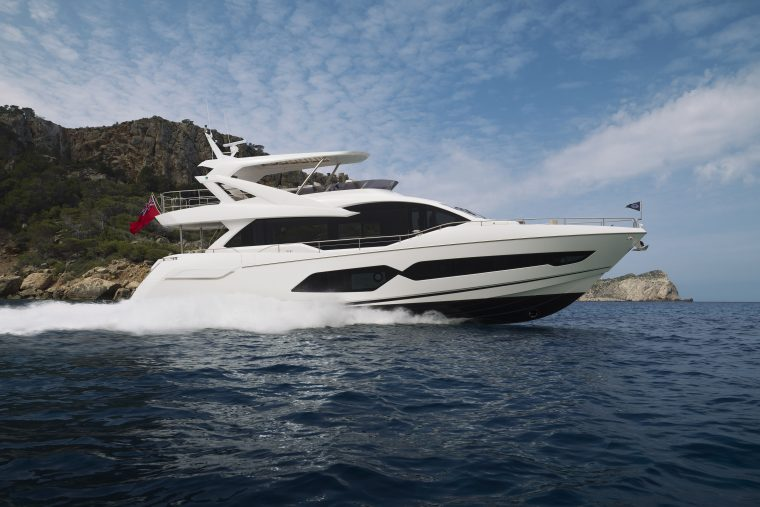 Sunseeker 76 Beam Aspect.jpg