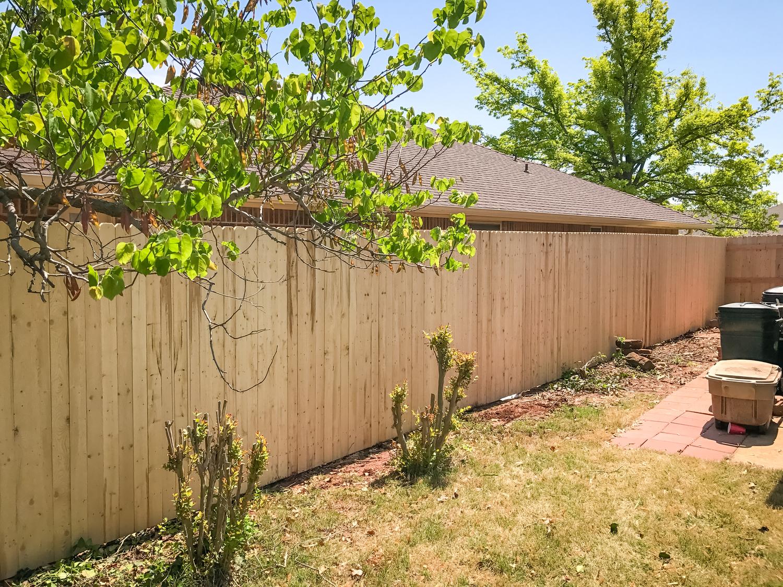 spruce-fence-gate-redriverfence-5.jpg