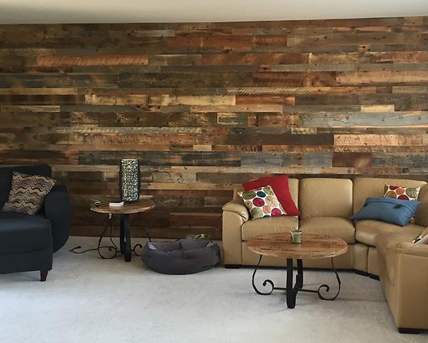 Idaho_barnwood_blend_feature_wall.jpg