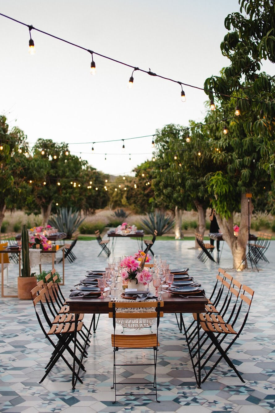Photography:  Pink Palm   Venue:  Acre Baja   Florals:  Florenta
