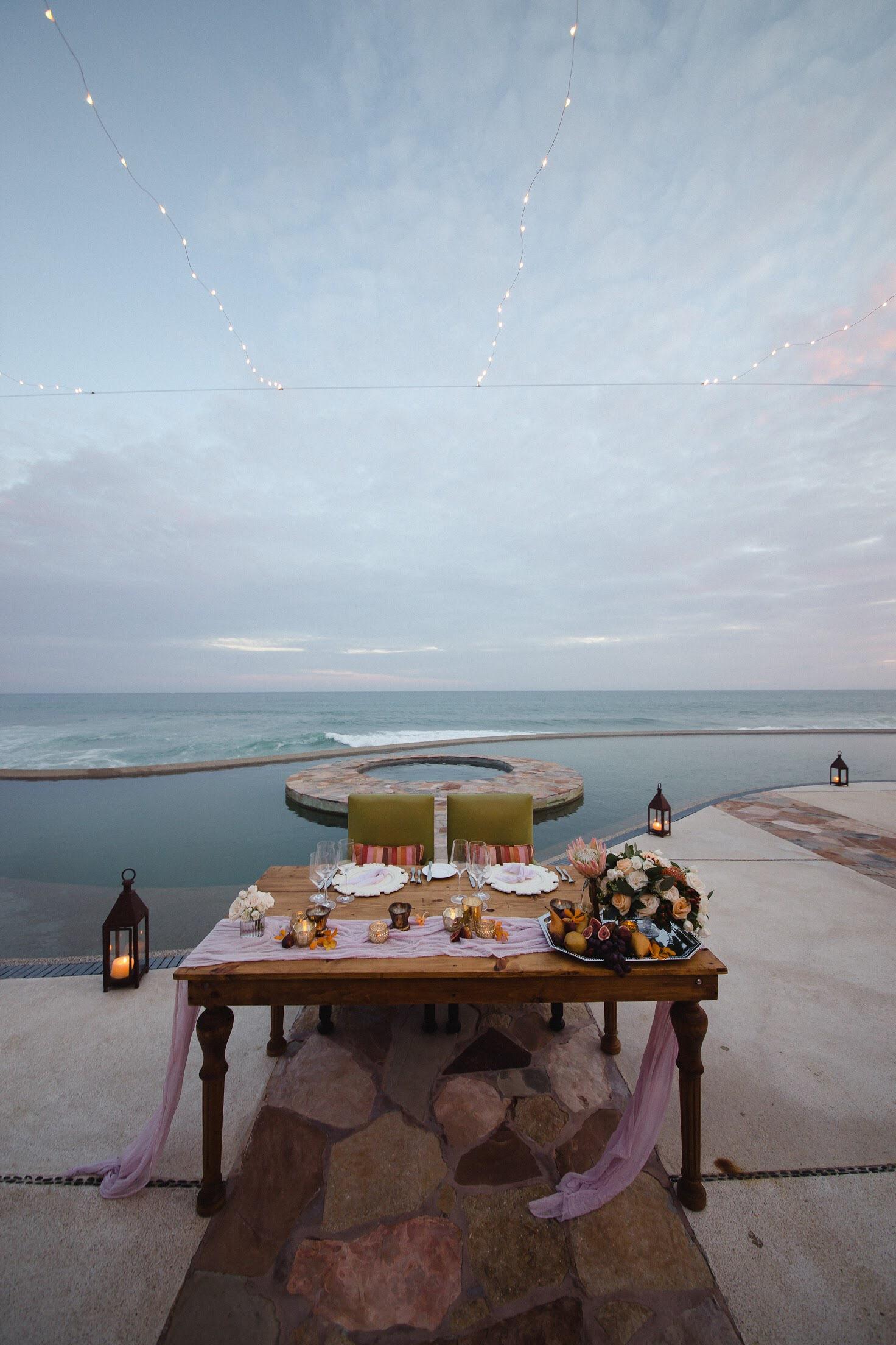Photography:  Pink Palm   Venue:  Resort at Pedregal   Florals:  Cabo Floral Studio