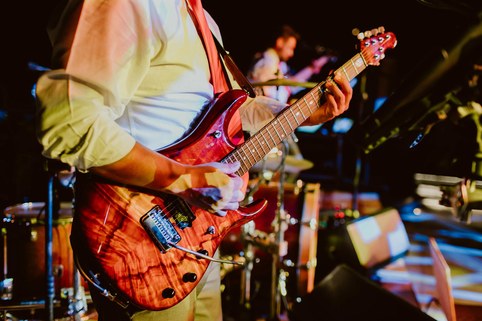 Photography:  Ana & Jerome   Venue:  The Cape   Band:  Kilometro