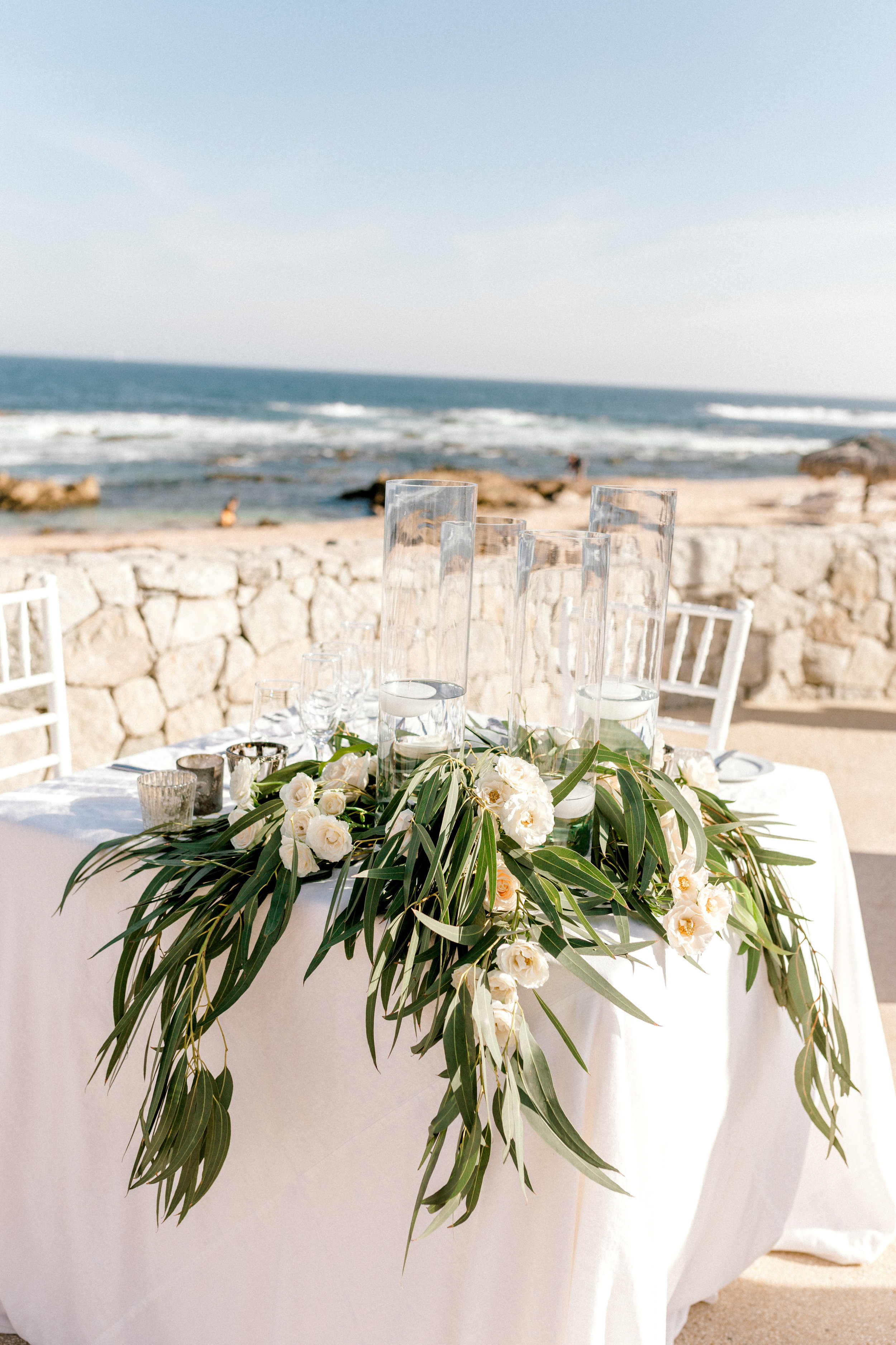 Photography:  Ryann Lindsey Photography   Venue:  Grand Fiesta Americana   Florals:  Let It Bloom Cabo