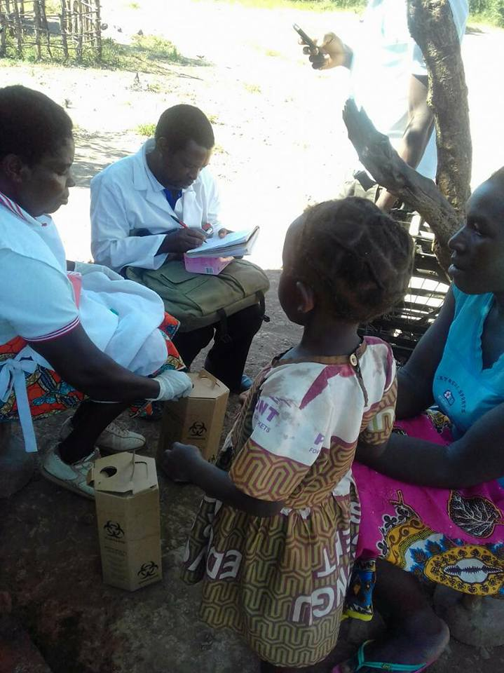 Livingstone DHO celebrated 2018 World Malaria Day by conducting community activities.Areas covered were Natebe, Mshululo and Nyanzabile. These areas reported increased cases of malaria in qtr 1 of 2018. The team conducted test and treat for malaria. -