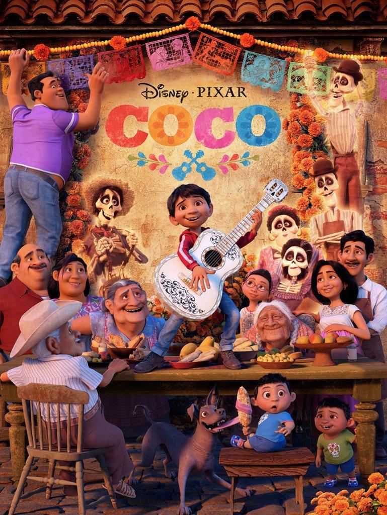 Coco_Spanish_Family_Poster.jpg