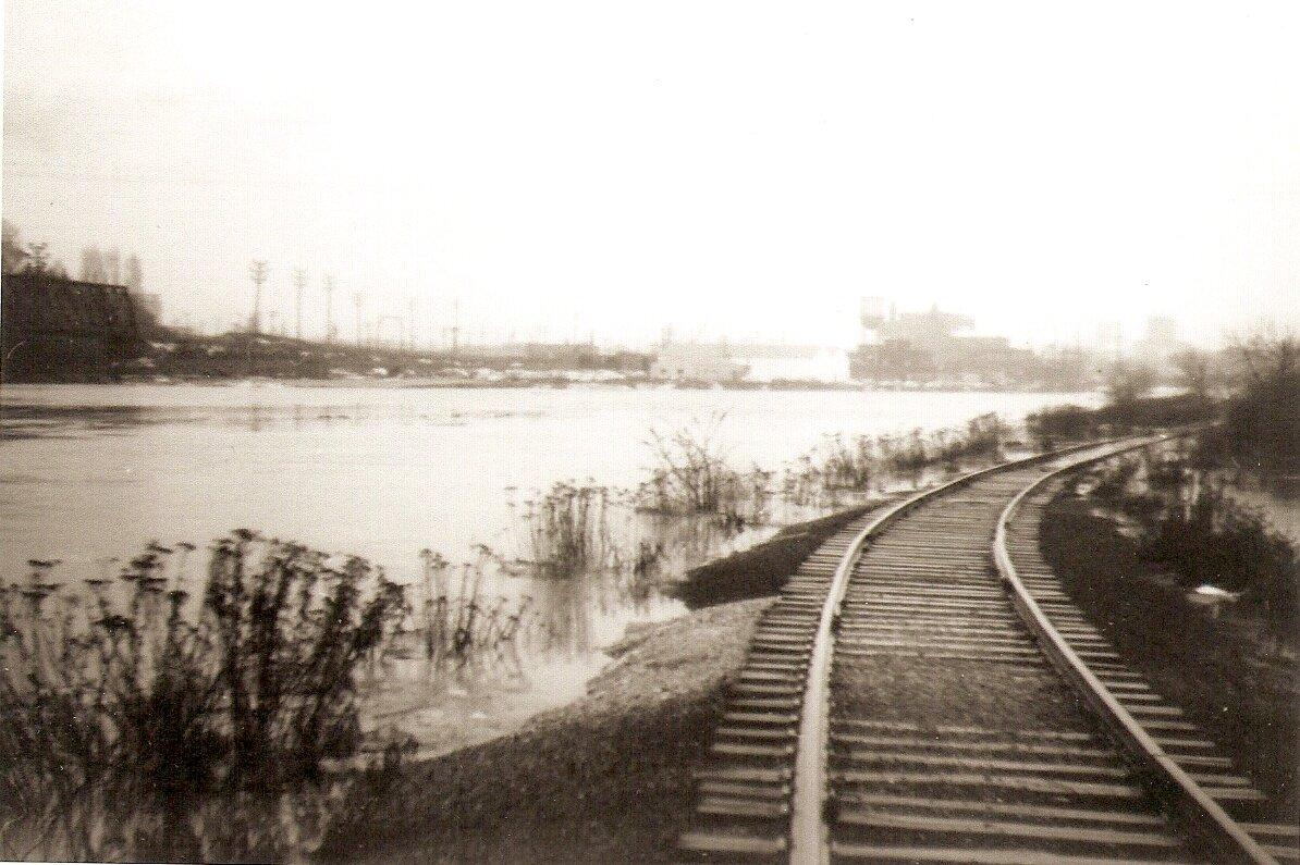 2010.78.42 Railroad tracks.jpg