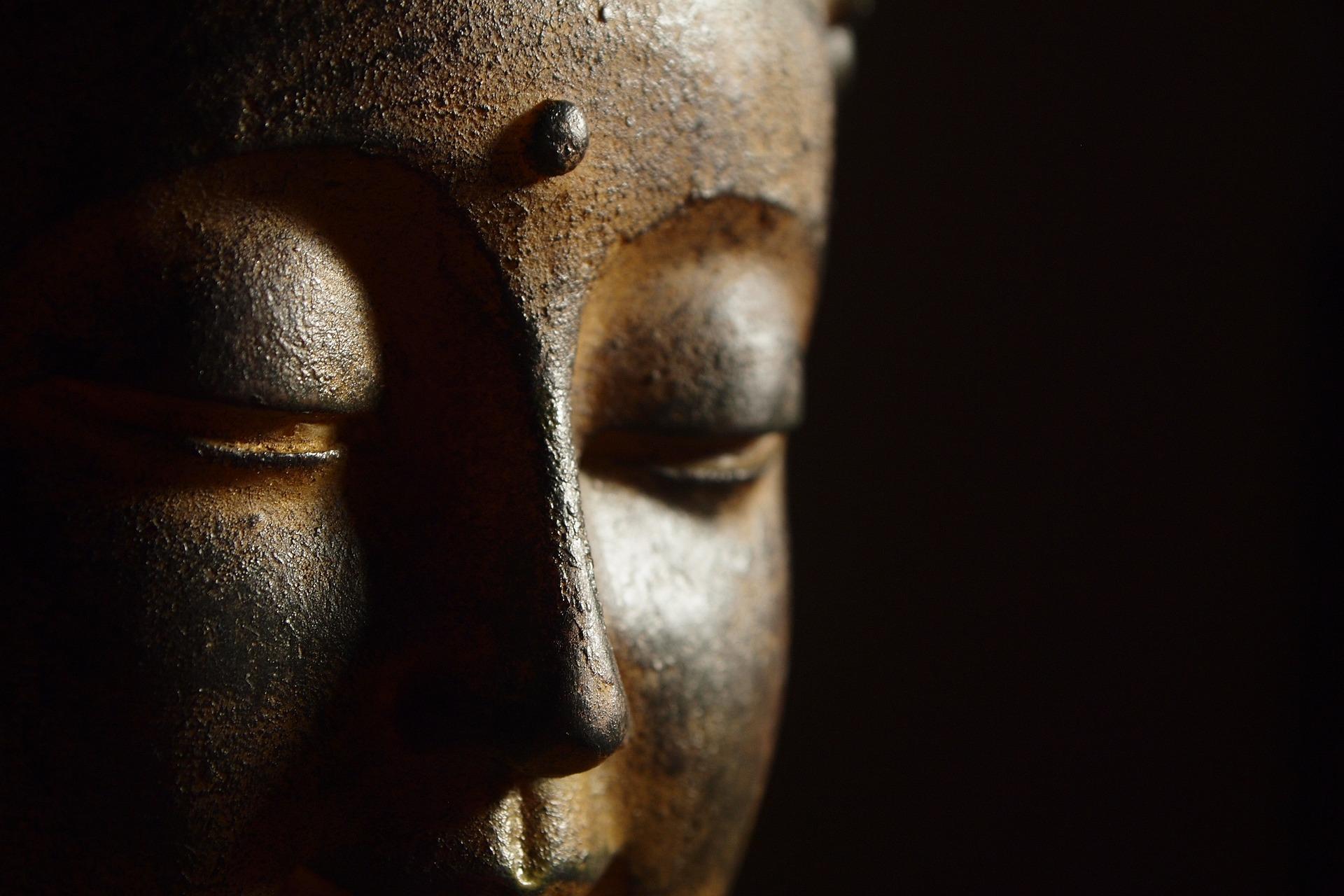 buddha-862402_1920.jpg
