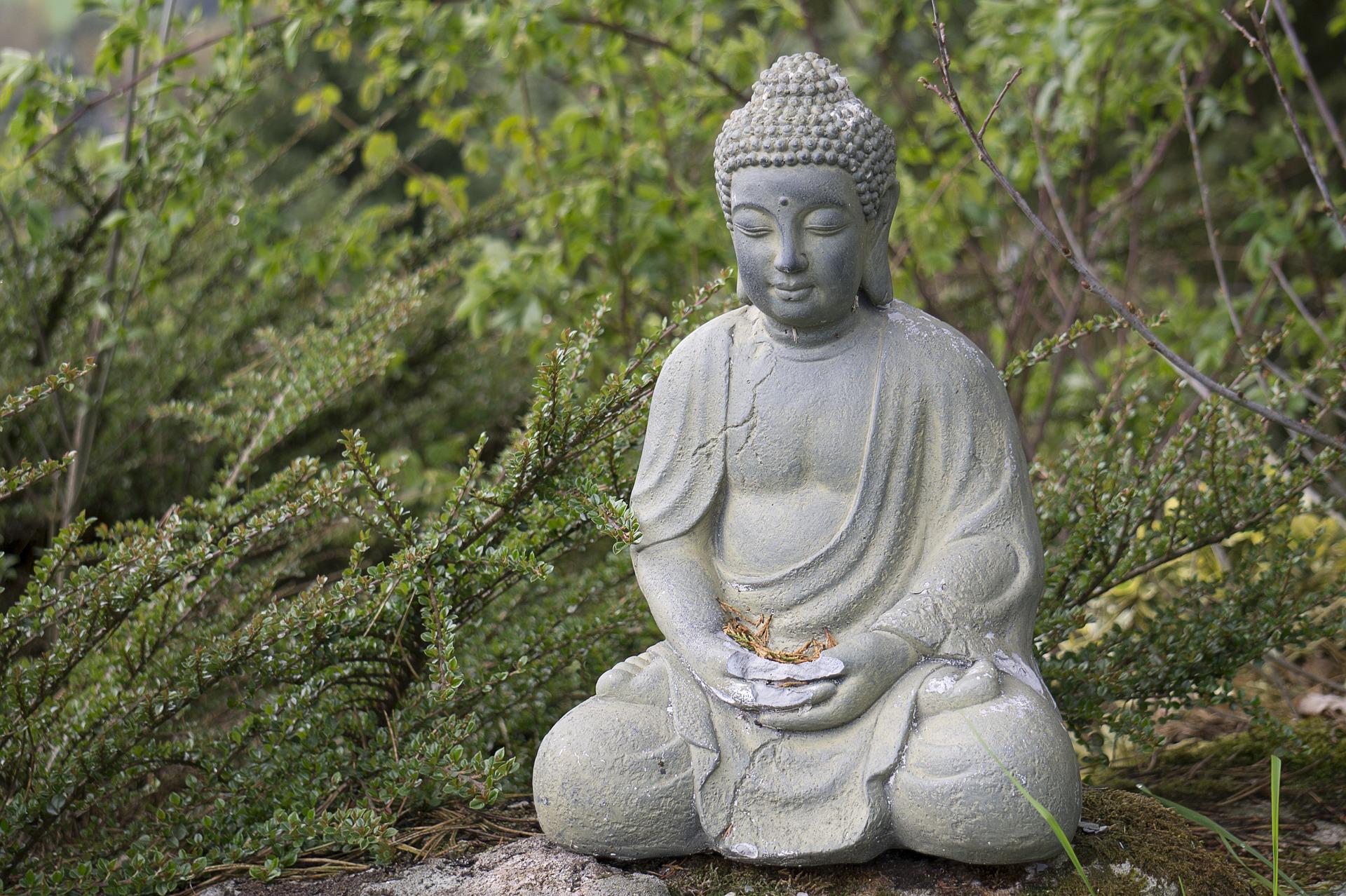 buddha-1349746_1920.jpg