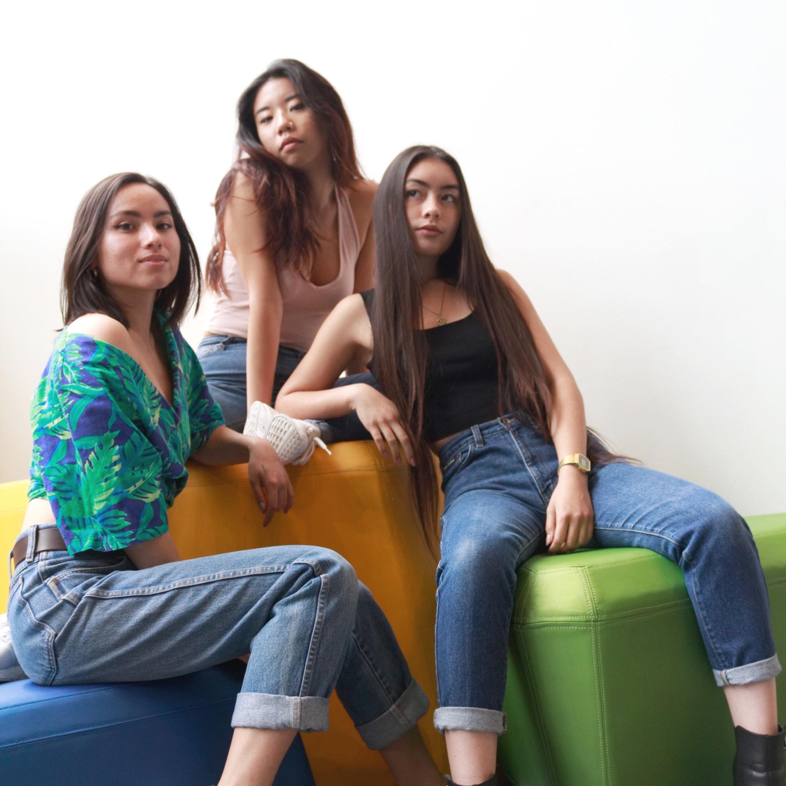 Eda Yu, Eileen Syrup, Athena Scott