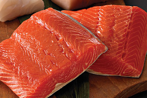 WILD SOCKEYE SALMON Sockeye Salmon is the leanest in the salmon family and is prized for its deep red colour, firm texture and rich flavour.