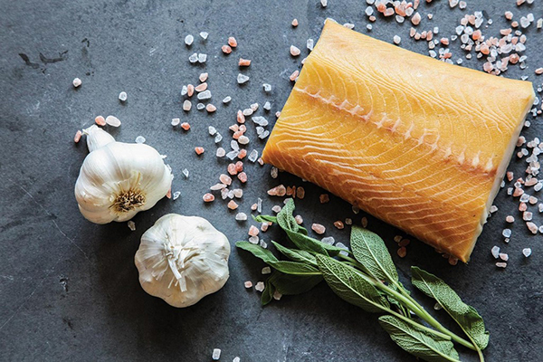 NATURAL SMOKED BLACK COD Cured in brine, then smoked at a low temperature, our Smoked Sablefish is unrivaled in its luxurious, creamy taste and buttery, melt-in-your-mouth texture. The richness of the fish is enhanced by the savour of pure wood smoke. It is best prepared lightly poached