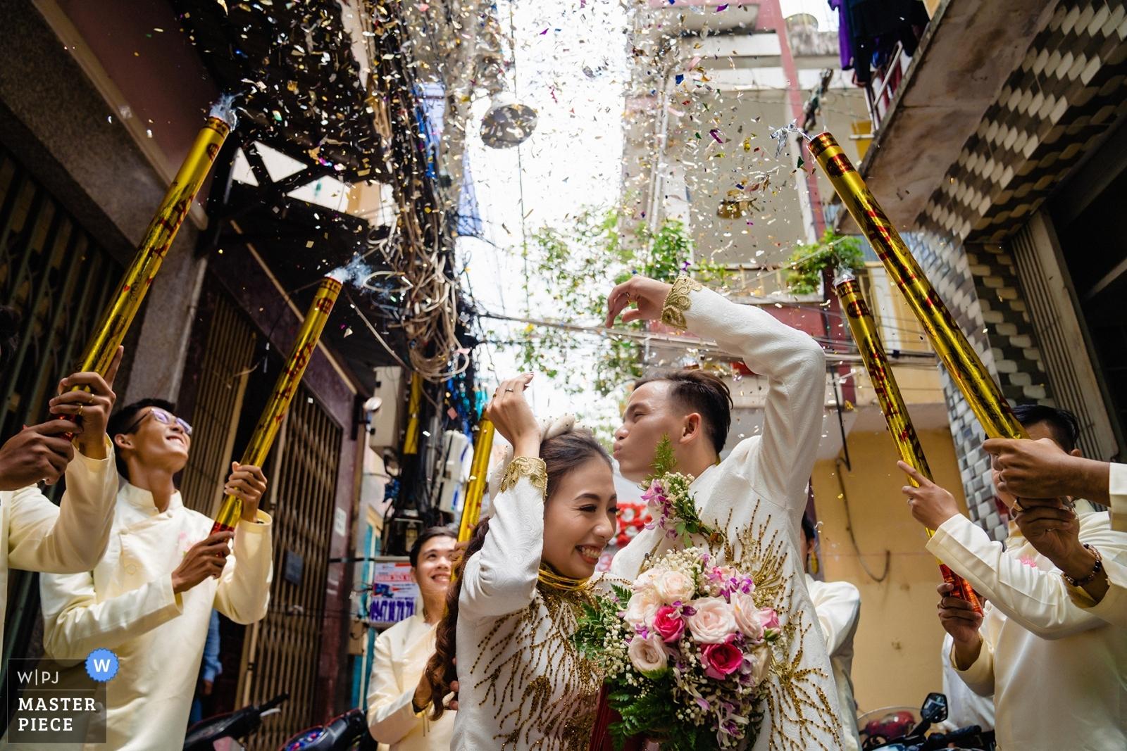wedding-photographer-2470196.jpg
