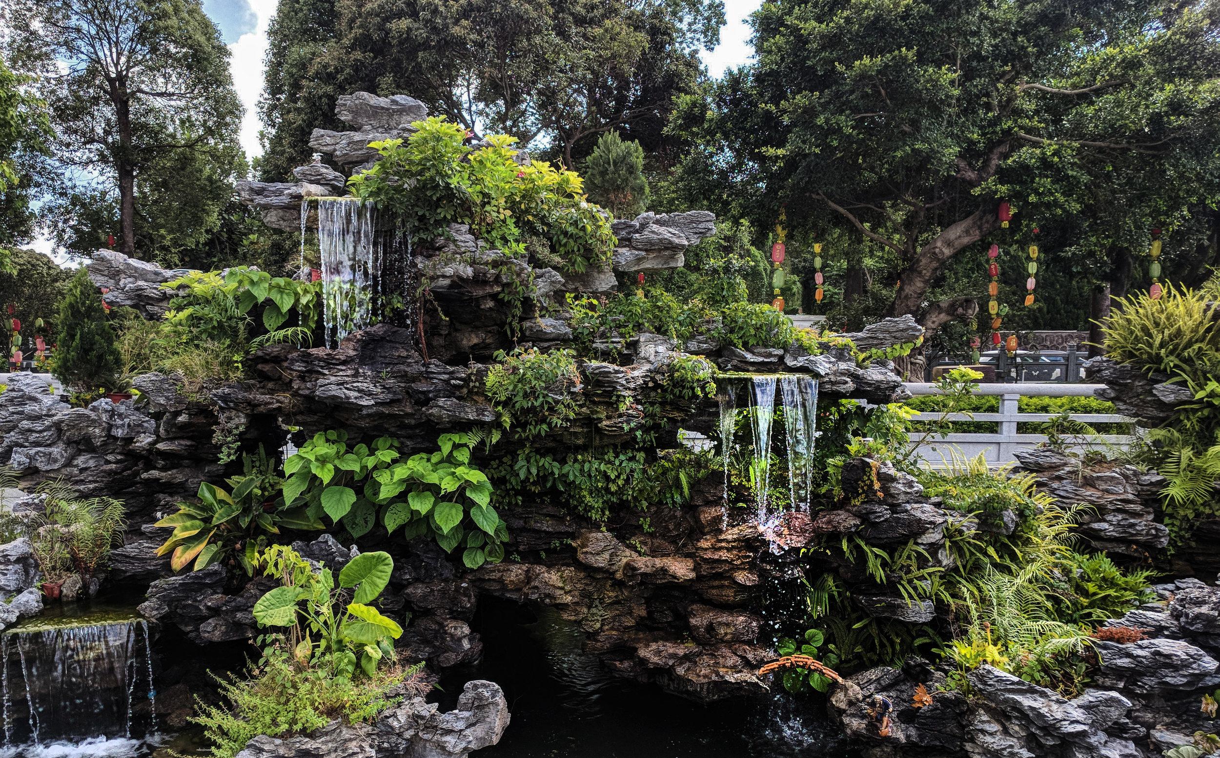 temple gardens.jpg