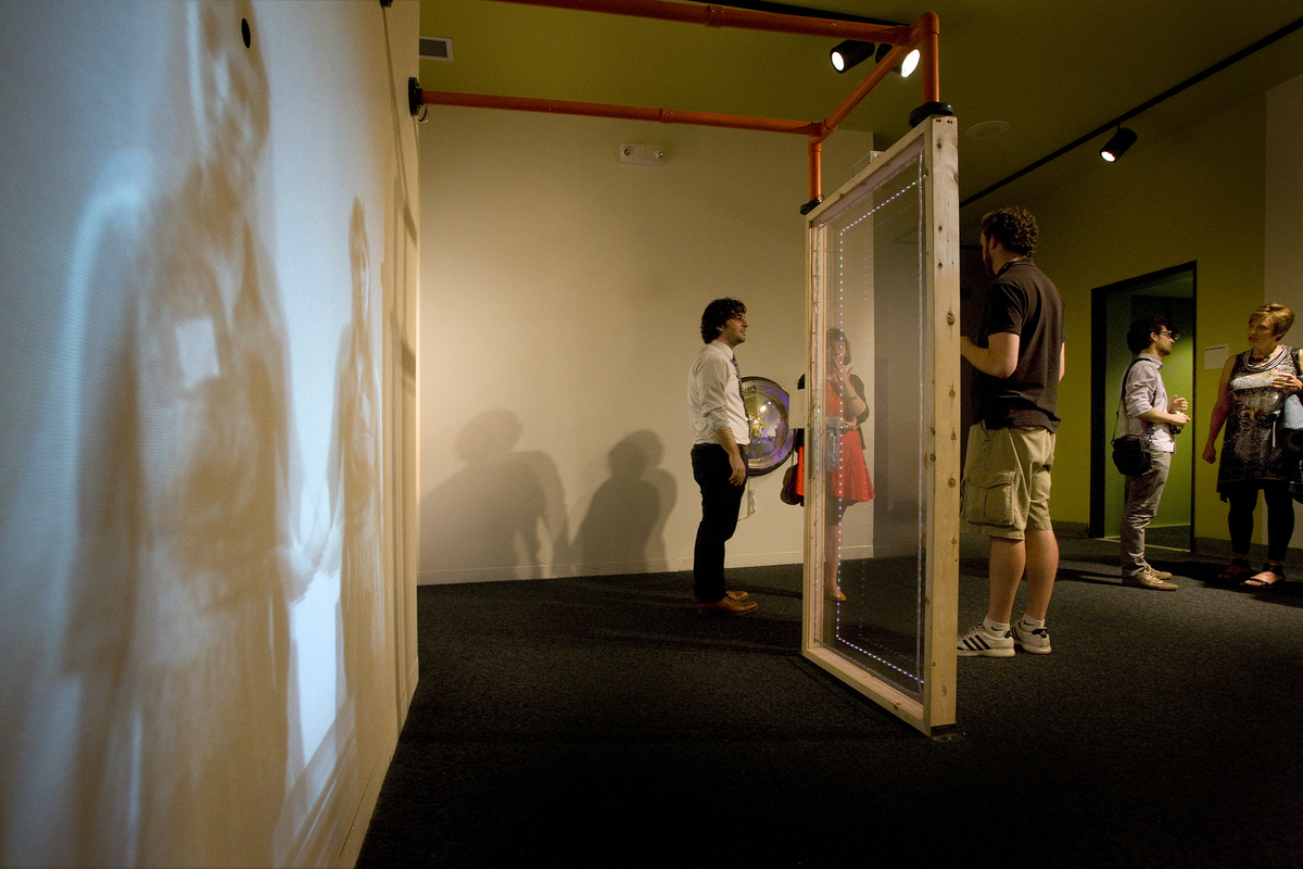 The Invisible Wall,   Felipe Castelblanco , 2011.