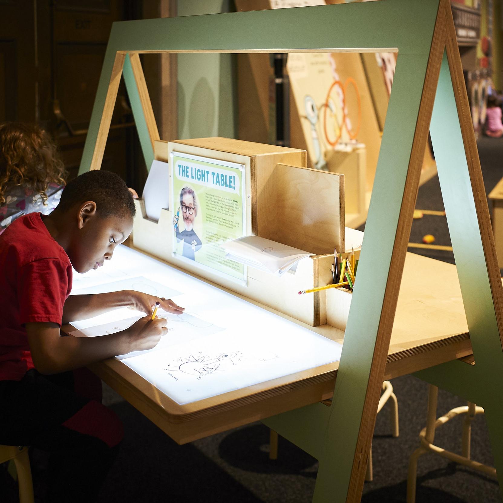 studio light table -