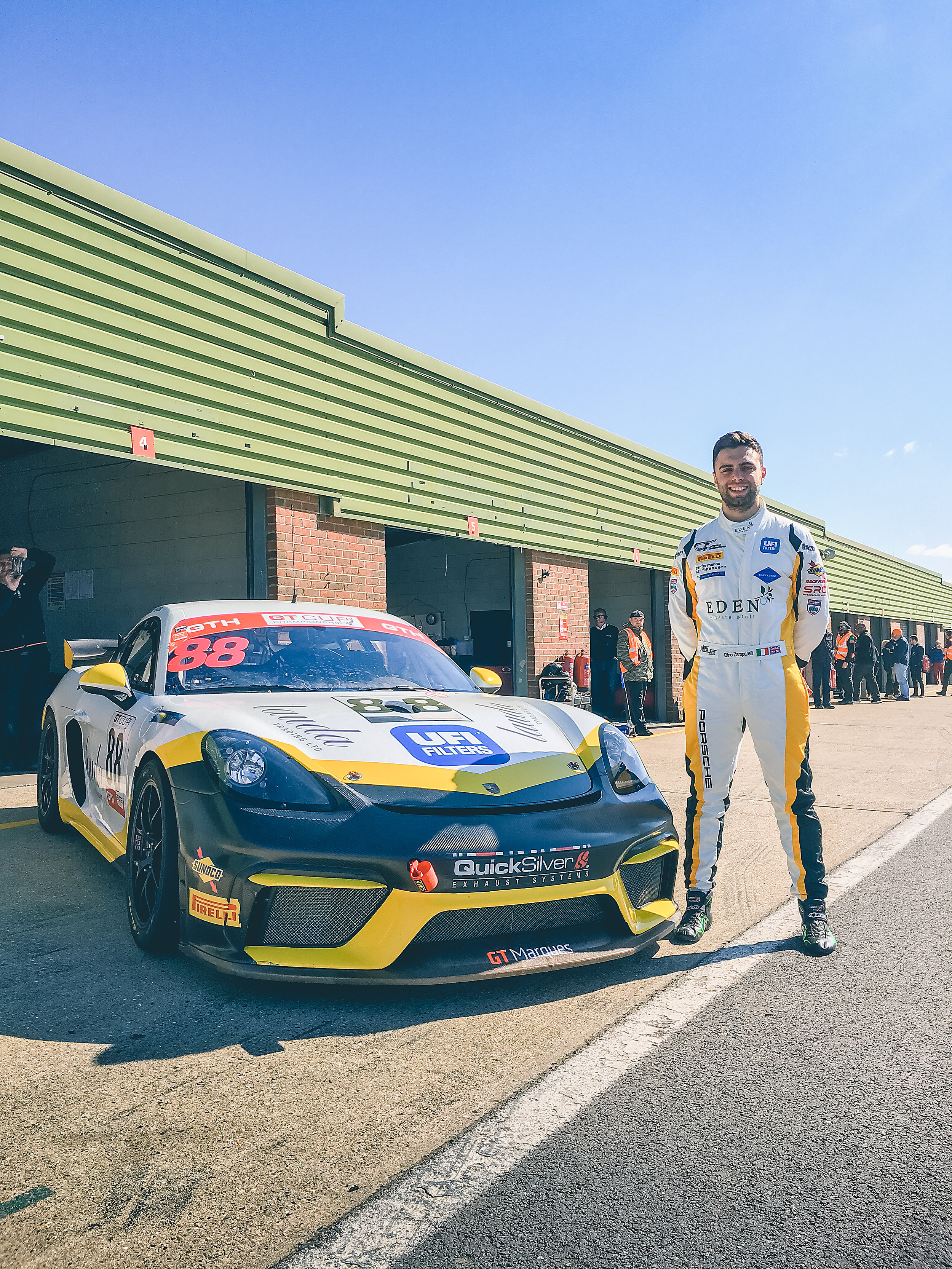 dino-zamparelli-chris-car-gt4-1.jpg