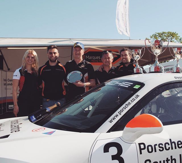 Great team effort at Oulton Park last weekend with @esmee_hawkey showing great pace to take her first PRO-AM win in @porsche Carrera Cup overtaking 7 cars and taking fastest lap 💪🏼🏁☝🏼 ———————————————— @p.s.media6 #coaching #Porsche #racing @gt_marques_porsche