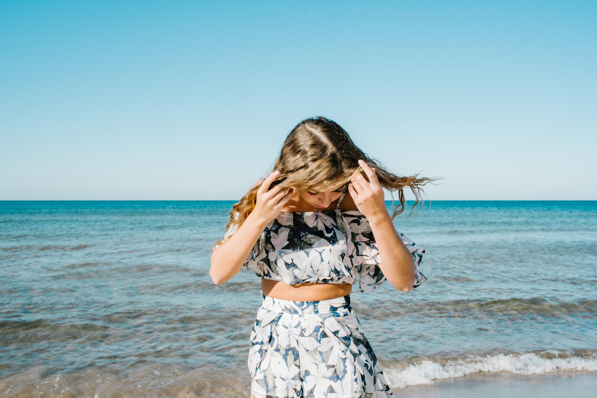 Grand-Haven-Michigan-Beach-Downtown-Senior-High-School-Photographer-Sydney-Marie (20).jpg