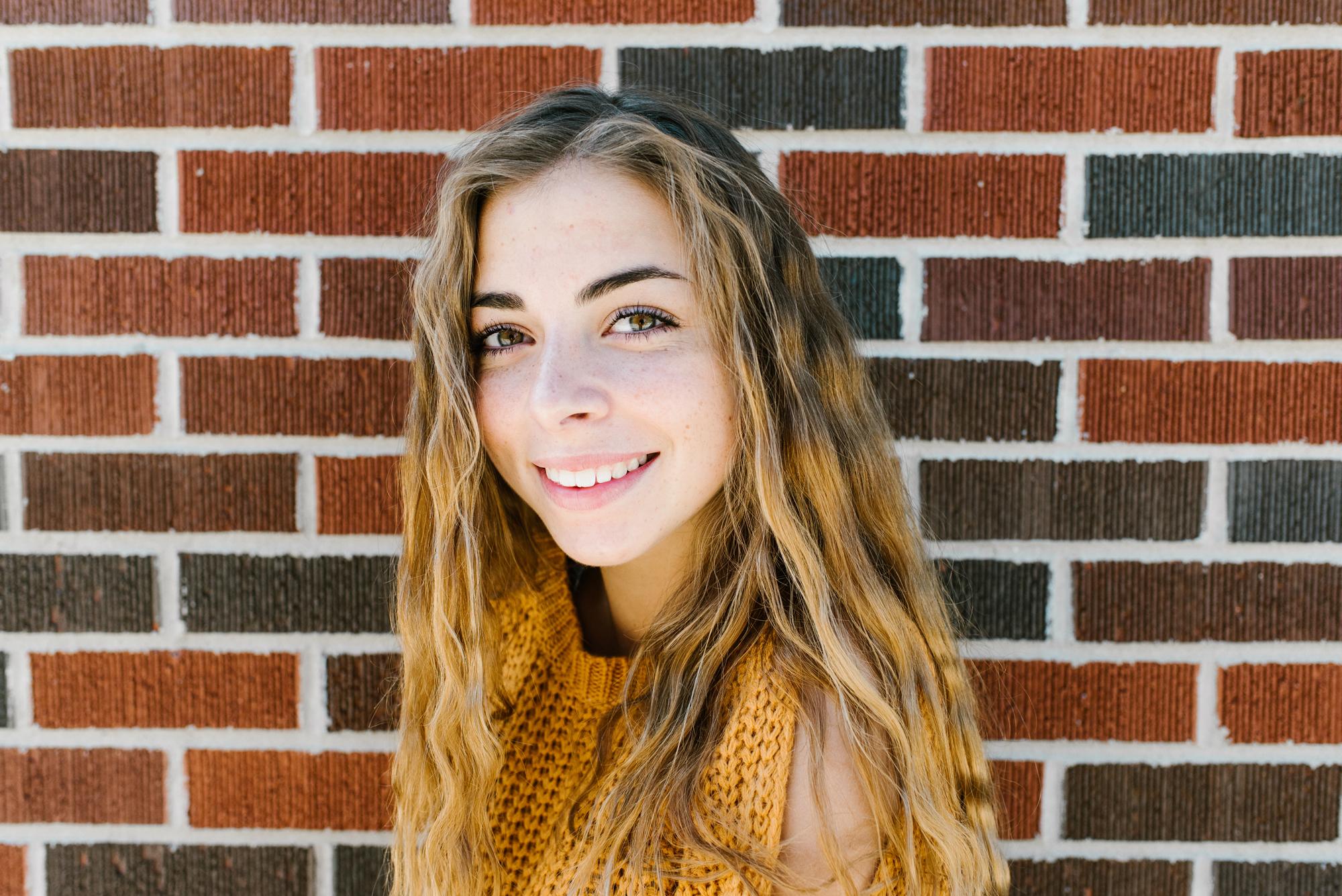 Grand-Haven-Michigan-Beach-Downtown-Senior-High-School-Photographer-Sydney-Marie (72).jpg