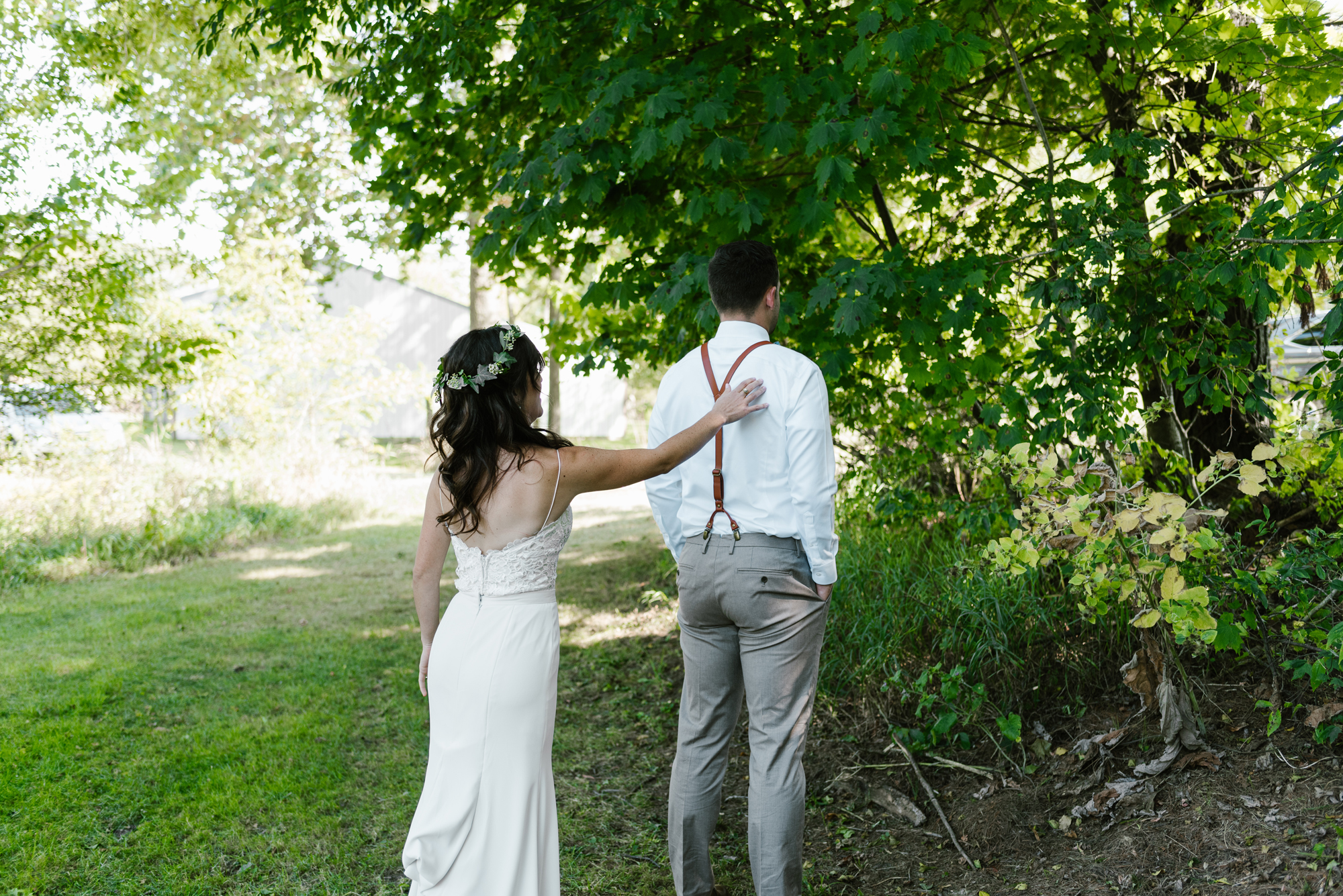 Quincy-Coldwater-Michigan-farm-wedding-photogapher-sydney-marie (43).jpg