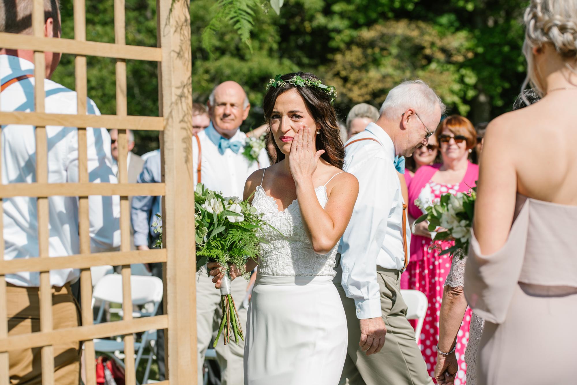 Quincy-Coldwater-Michigan-farm-wedding-photogapher-sydney-marie (90).jpg