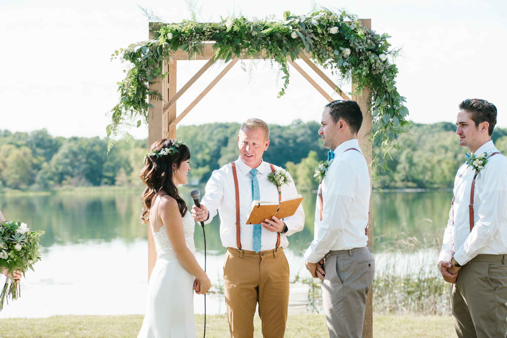Quincy-Coldwater-Michigan-farm-wedding-photogapher-sydney-marie (149).jpg
