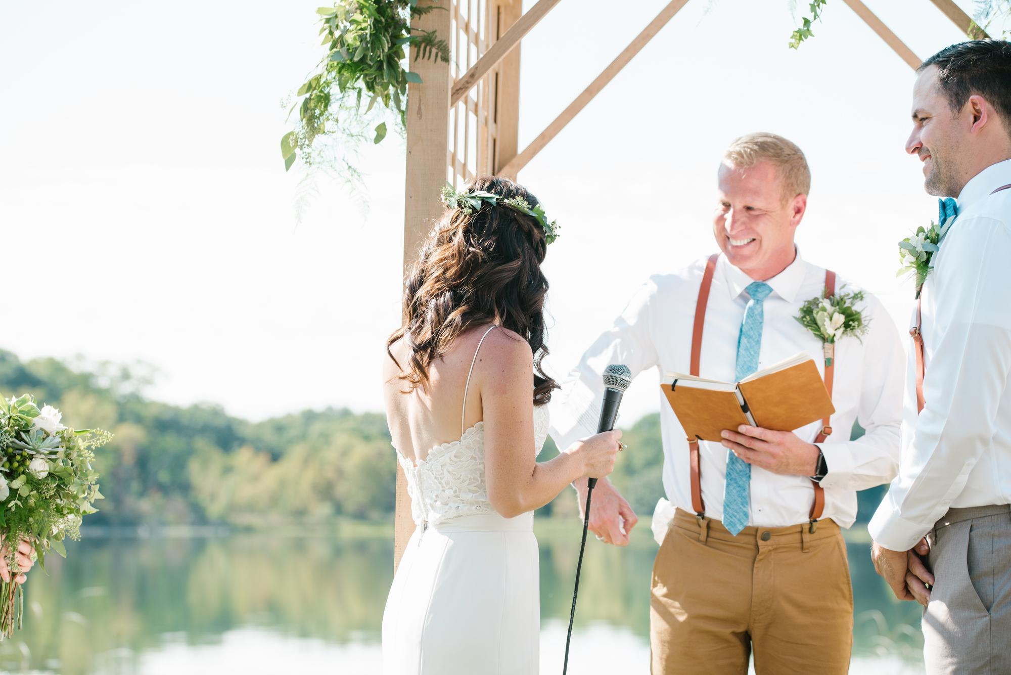 Quincy-Coldwater-Michigan-farm-wedding-photogapher-sydney-marie (151).jpg