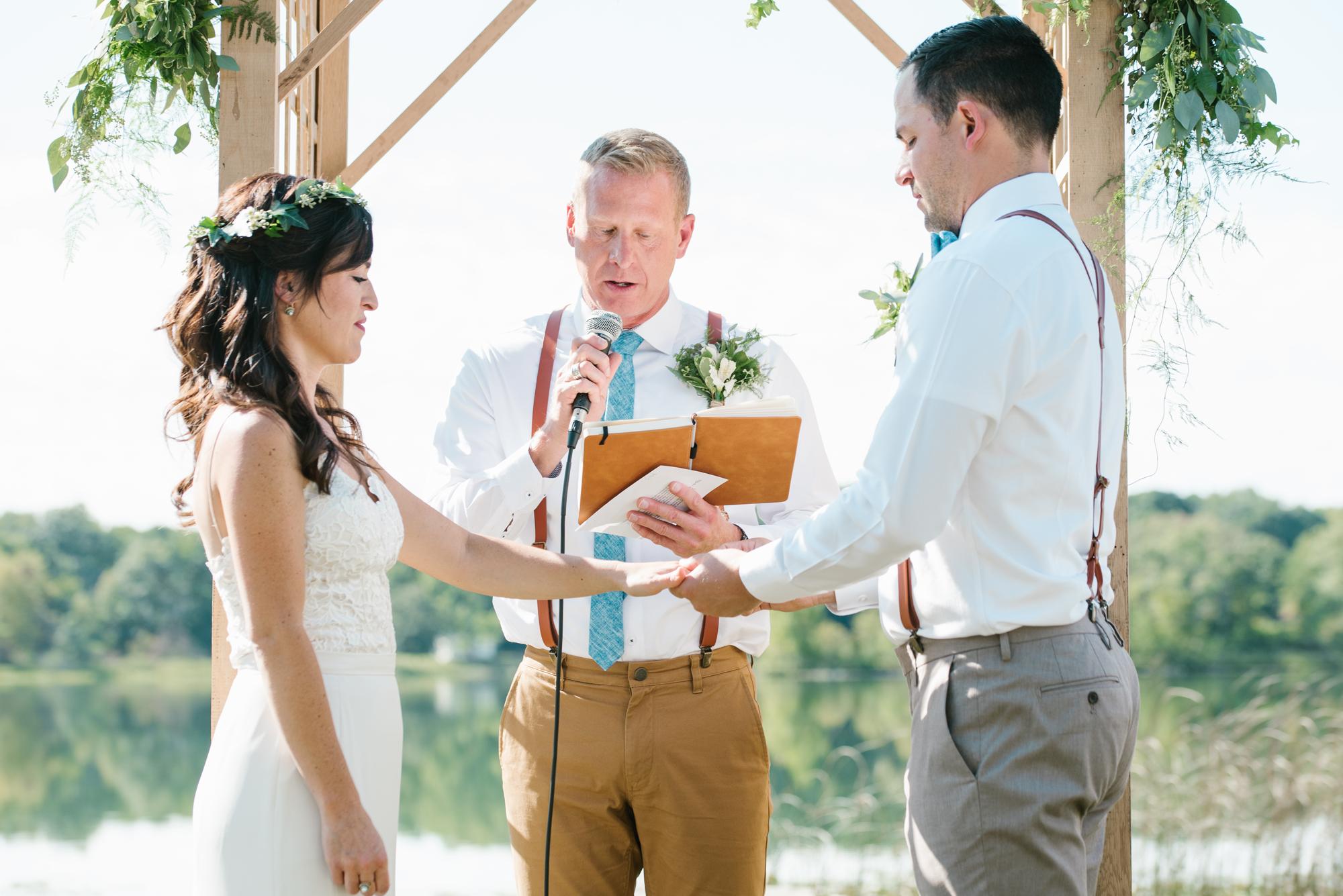 Quincy-Coldwater-Michigan-farm-wedding-photogapher-sydney-marie (179).jpg