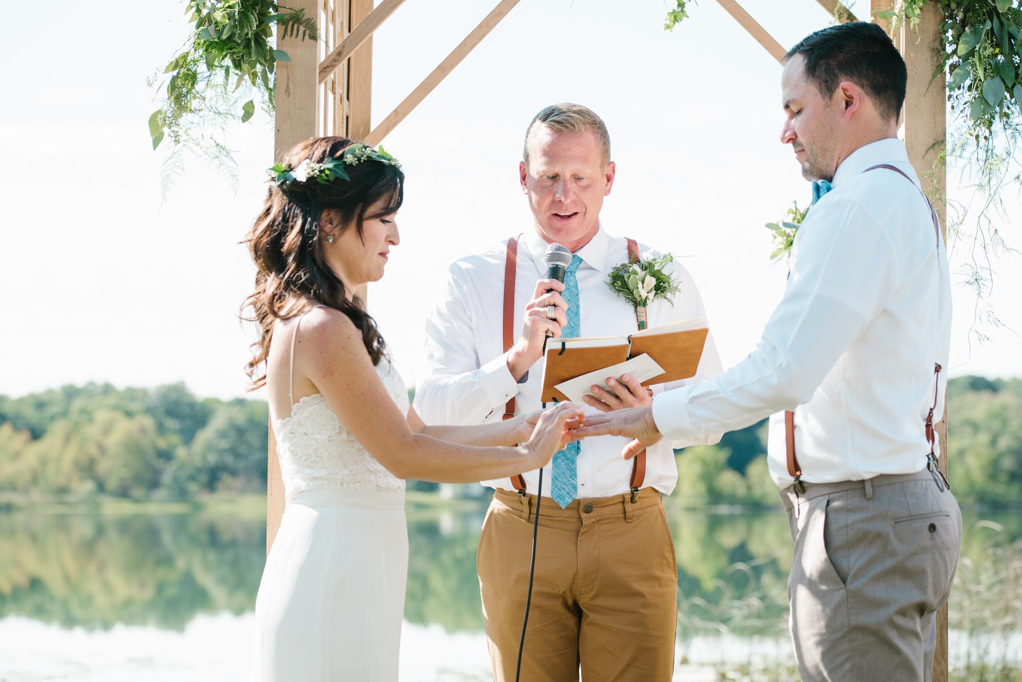 Quincy-Coldwater-Michigan-farm-wedding-photogapher-sydney-marie (186).jpg