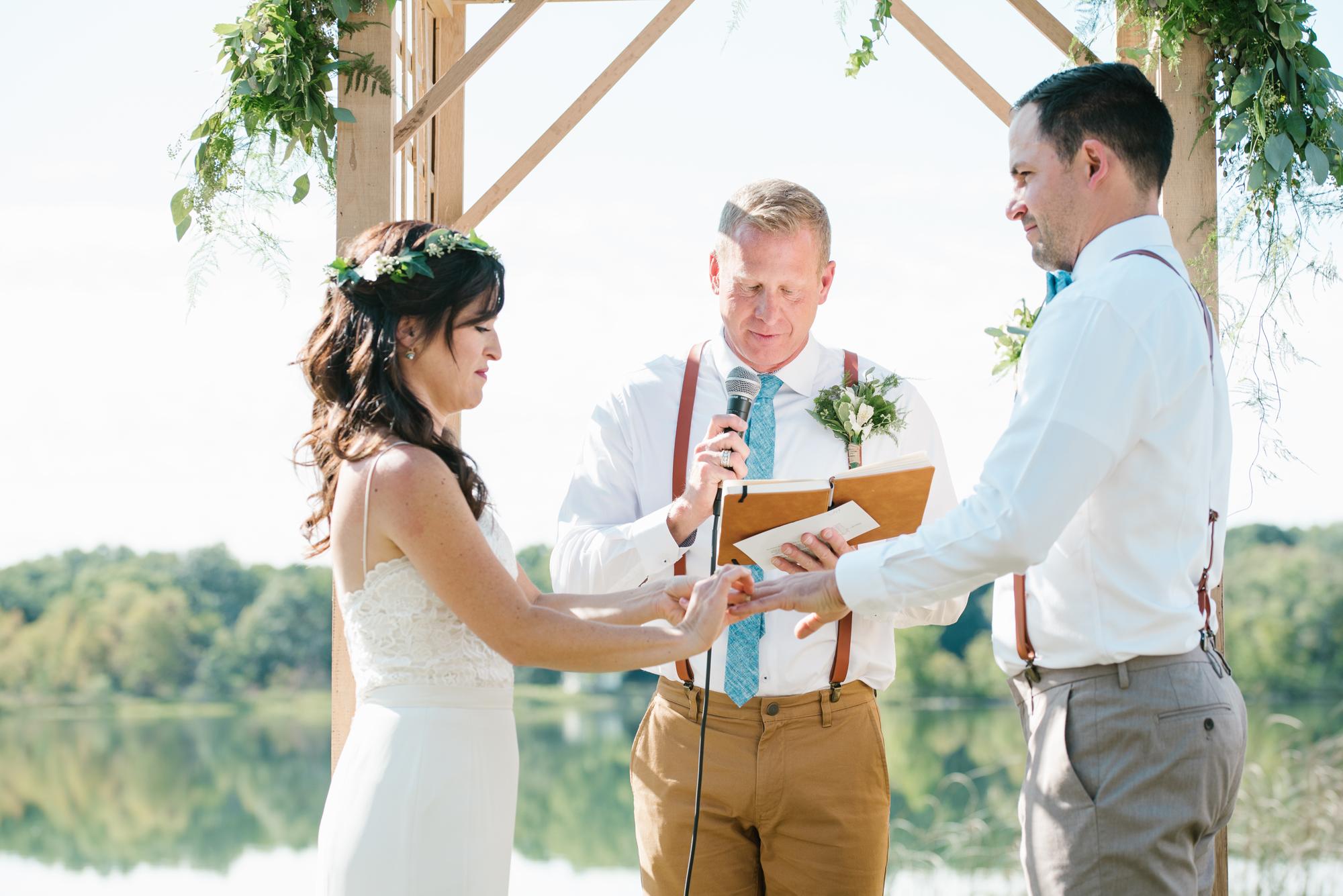 Quincy-Coldwater-Michigan-farm-wedding-photogapher-sydney-marie (188).jpg