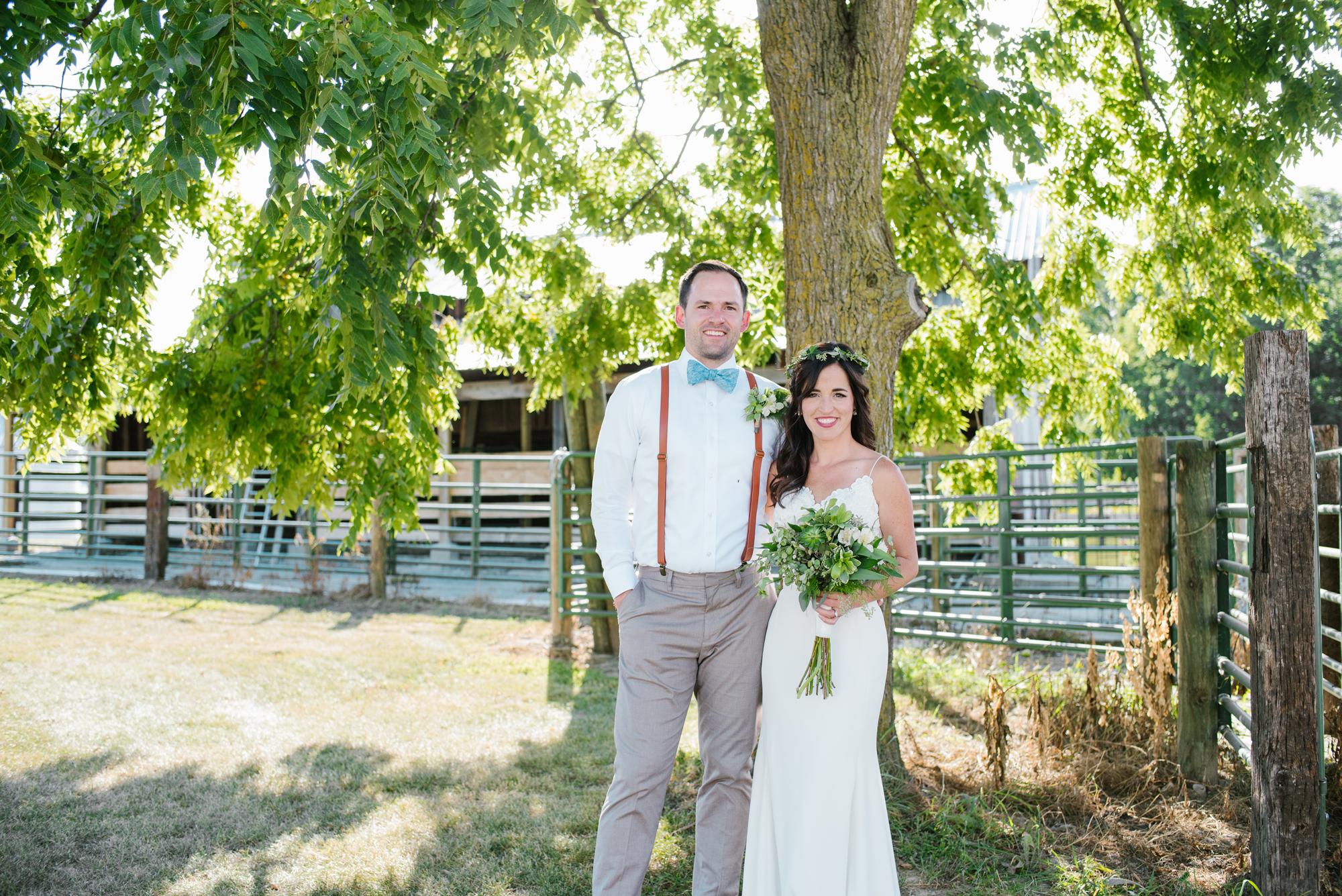 Quincy-Coldwater-Michigan-farm-wedding-photogapher-sydney-marie (310).jpg