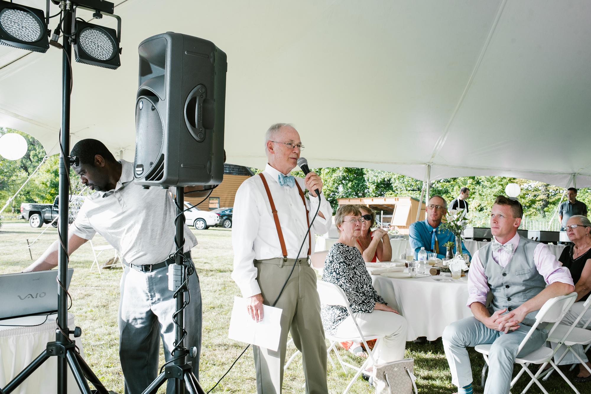 Quincy-Coldwater-Michigan-farm-wedding-photogapher-sydney-marie (380).jpg