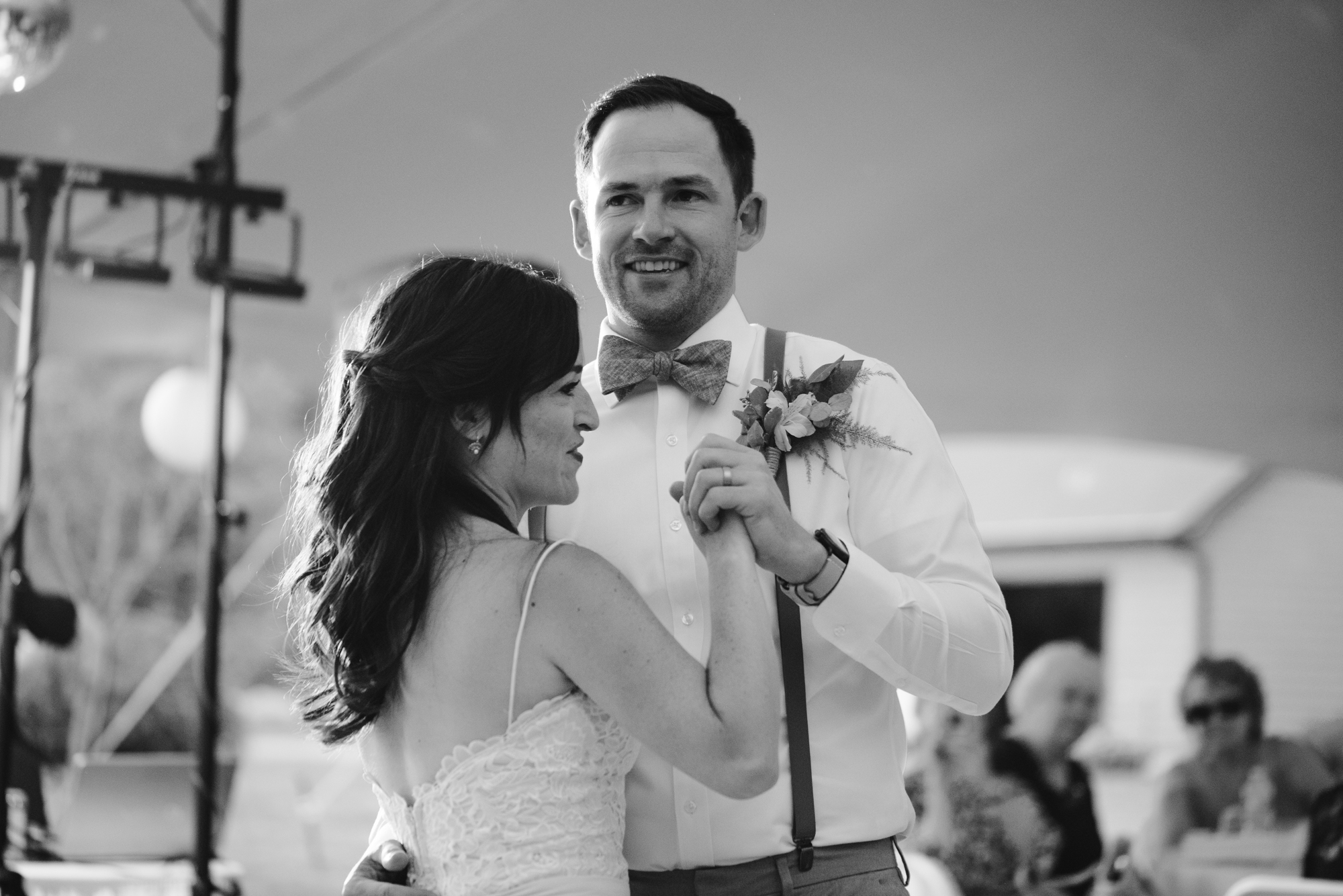 Quincy-Coldwater-Michigan-farm-wedding-photogapher-sydney-marie (454).jpg