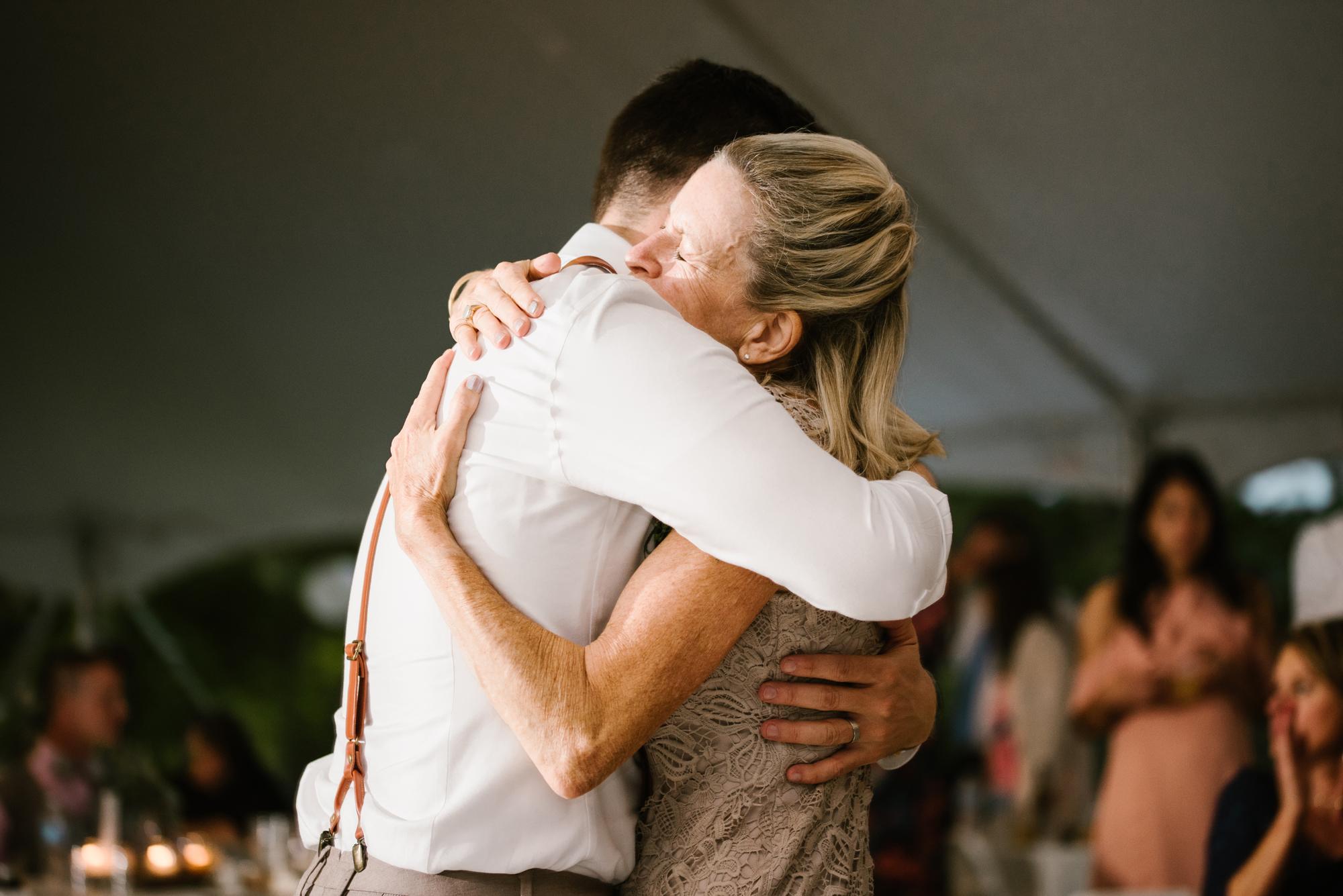 Quincy-Coldwater-Michigan-farm-wedding-photogapher-sydney-marie (481).jpg