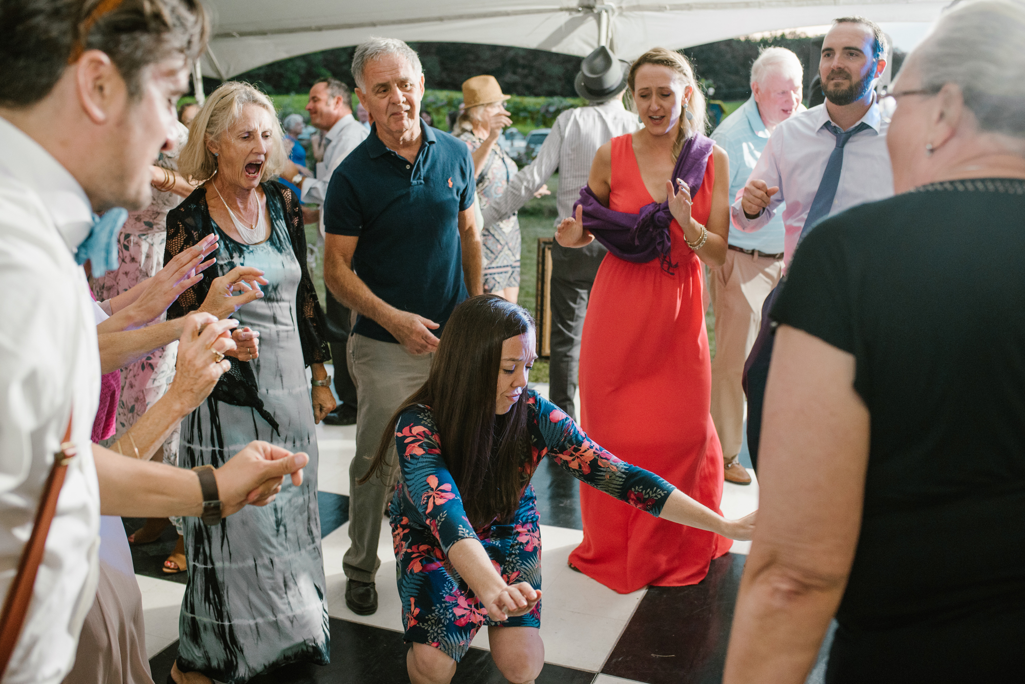 Quincy-Coldwater-Michigan-farm-wedding-photogapher-sydney-marie (516).jpg