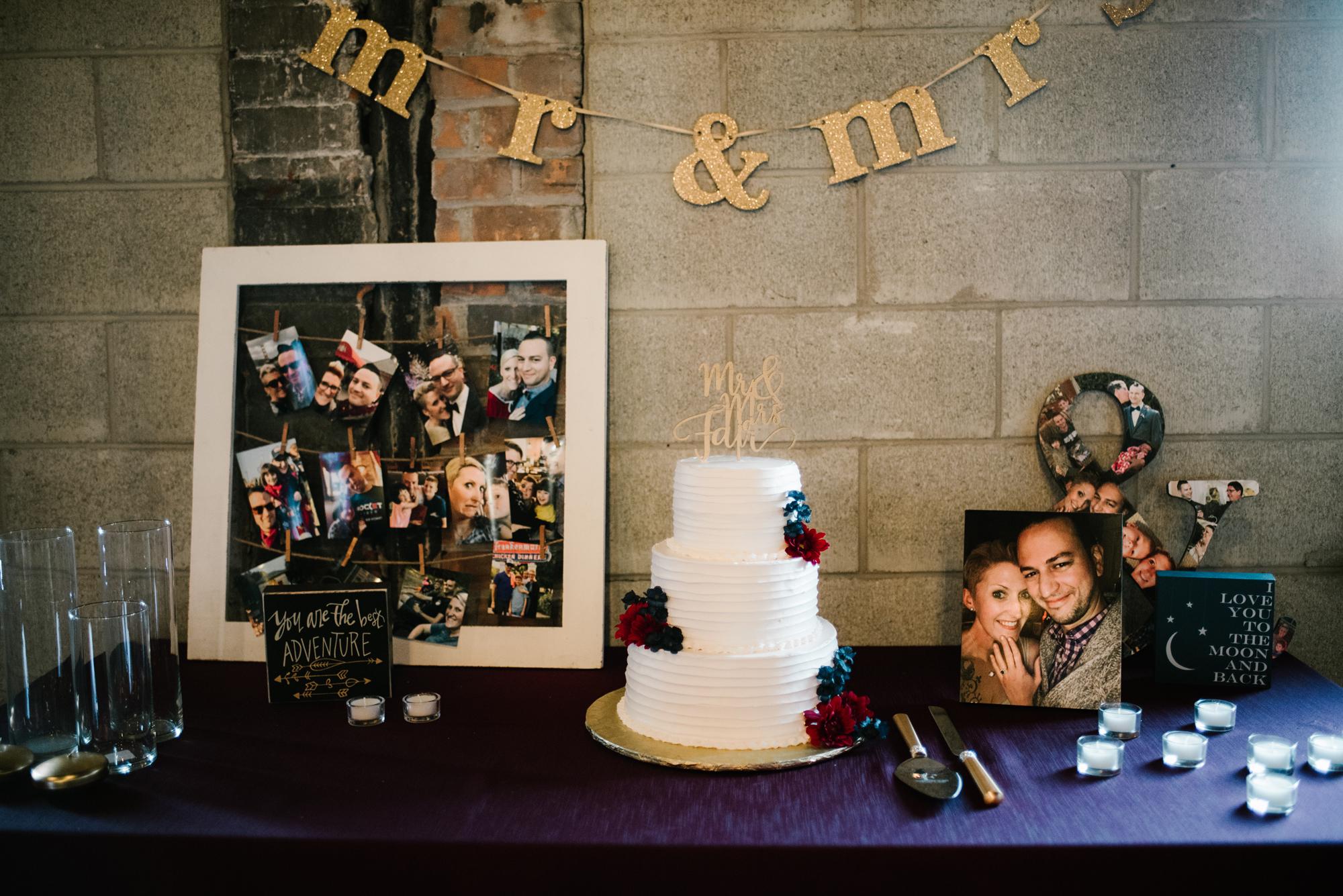 detroit-michigan-eastern-market-loft-wedding-sydney-marie (31).jpg