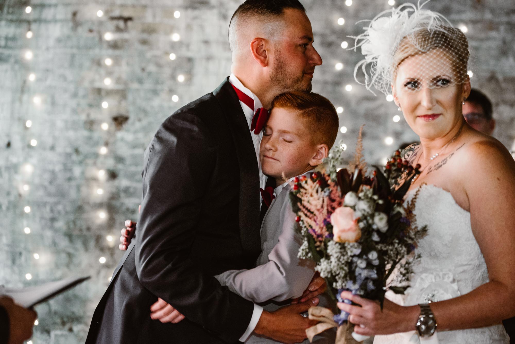 detroit-michigan-eastern-market-loft-wedding-sydney-marie (52).jpg