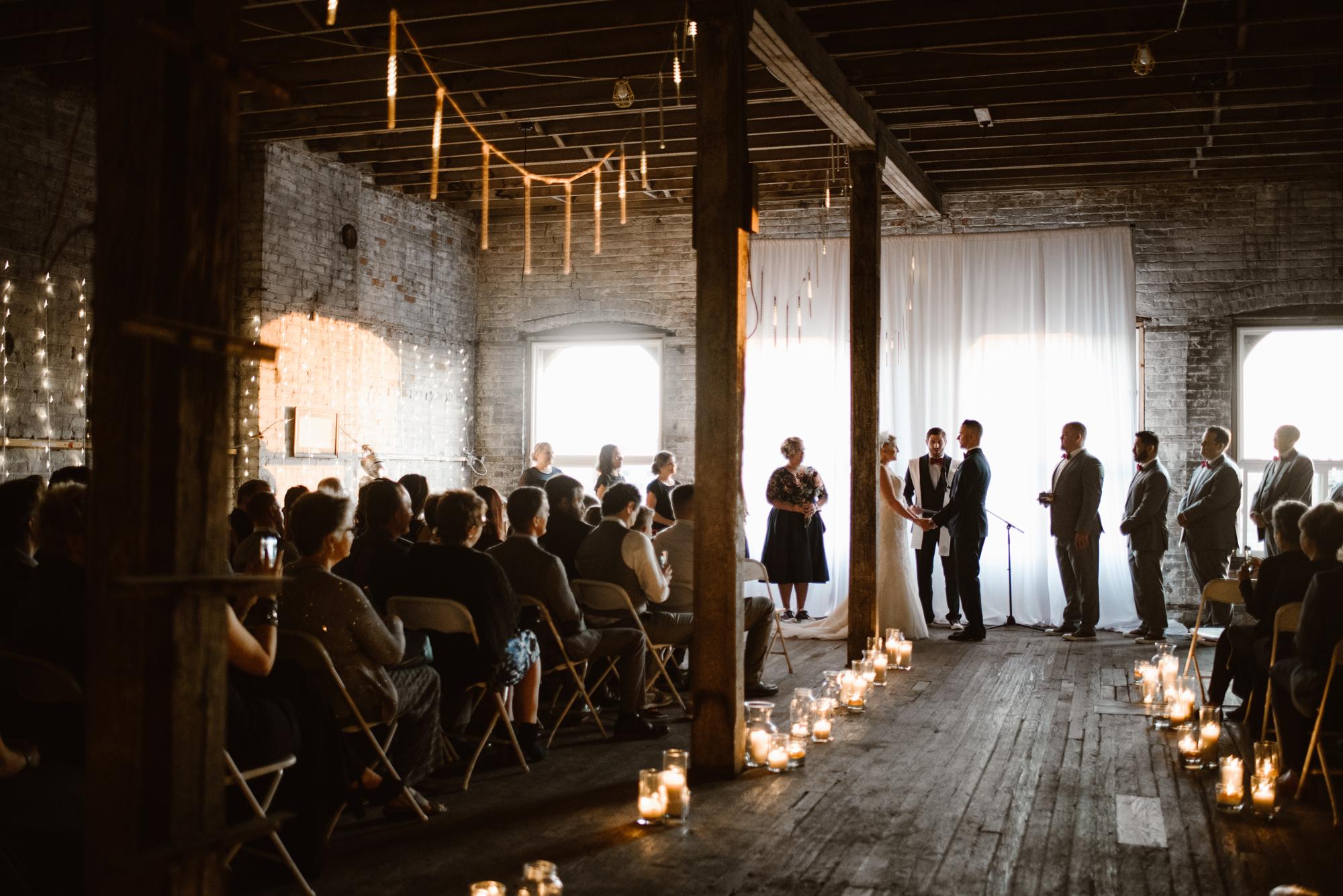 detroit-michigan-eastern-market-loft-wedding-sydney-marie (56).jpg