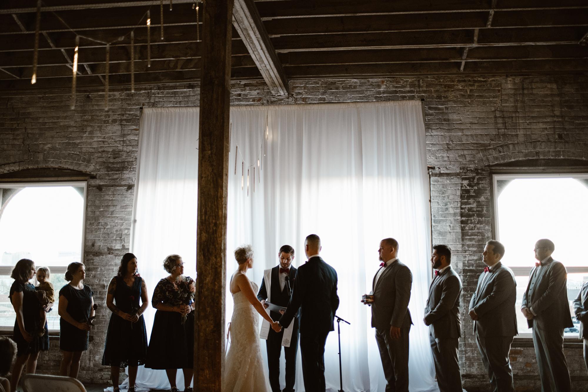 detroit-michigan-eastern-market-loft-wedding-sydney-marie (70).jpg
