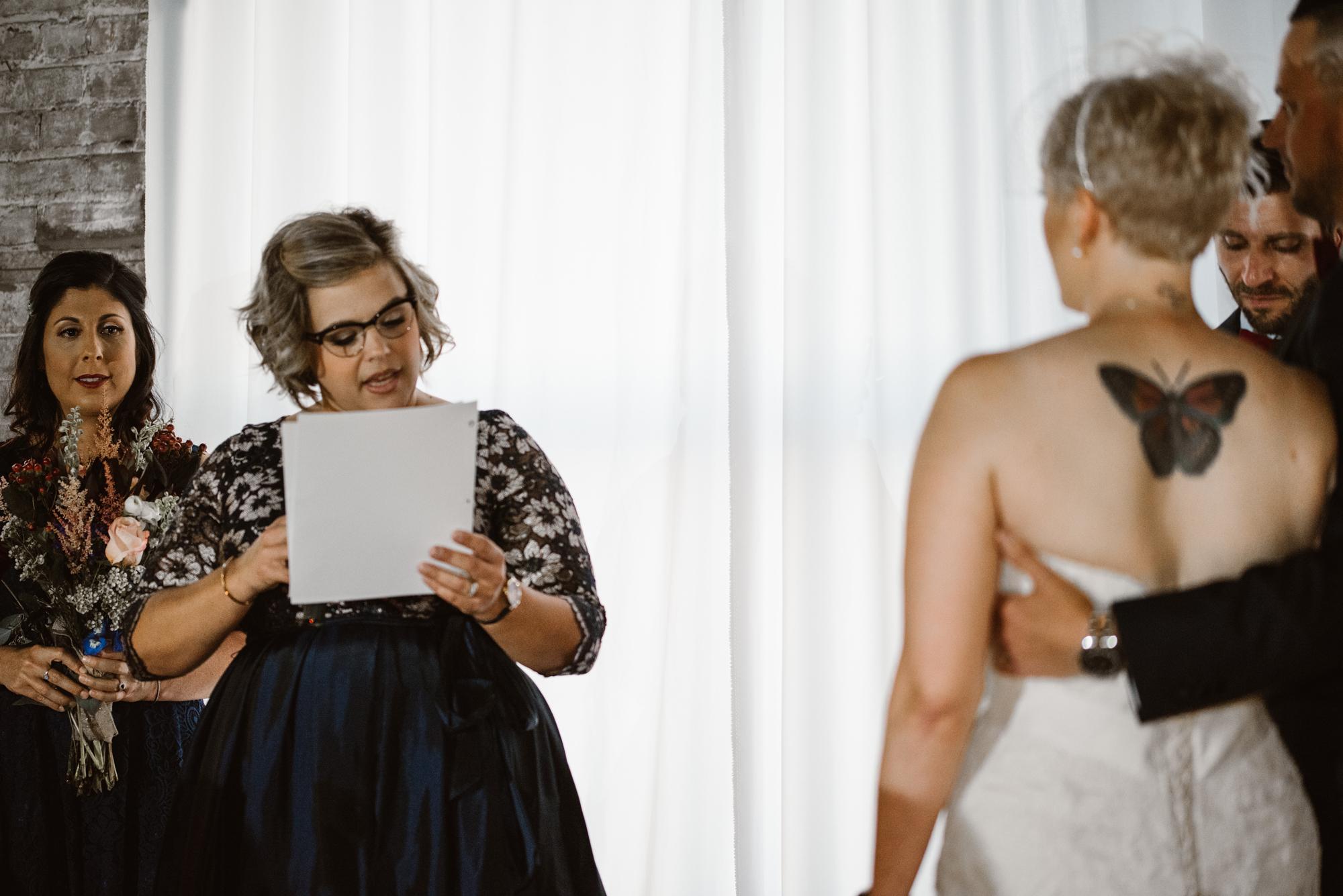 detroit-michigan-eastern-market-loft-wedding-sydney-marie (93).jpg