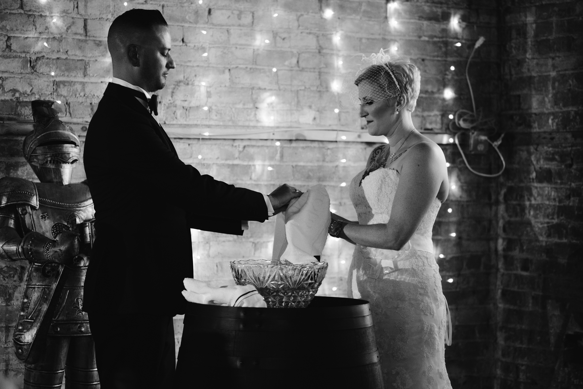 detroit-michigan-eastern-market-loft-wedding-sydney-marie (101).jpg